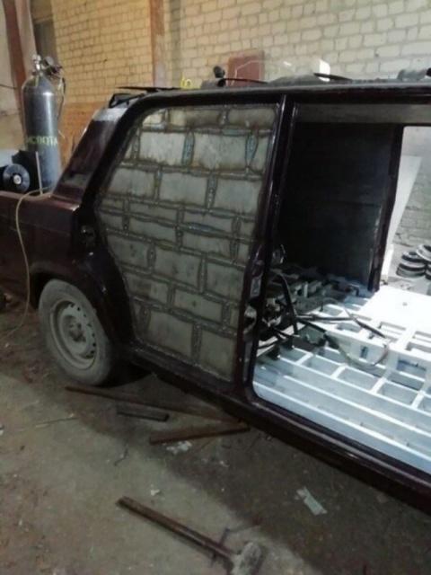 Crazy Car Repairs (17 pics)