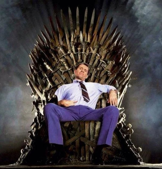 Thrones Of Game Of Thrones Fans (26 pics)