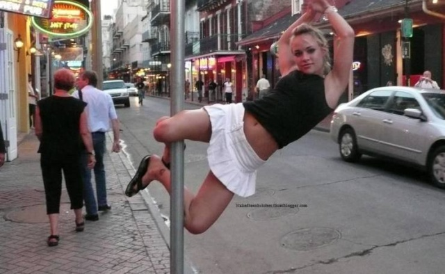 Girls Have Fun (25 pics)