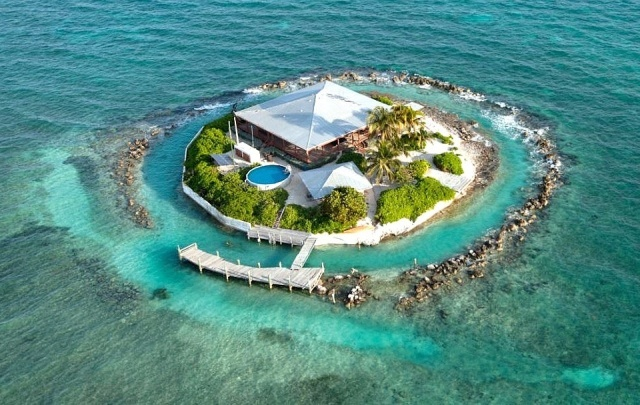 This Private Island In Florida Can Be Yours For Just $15.5 Million (13 pics)
