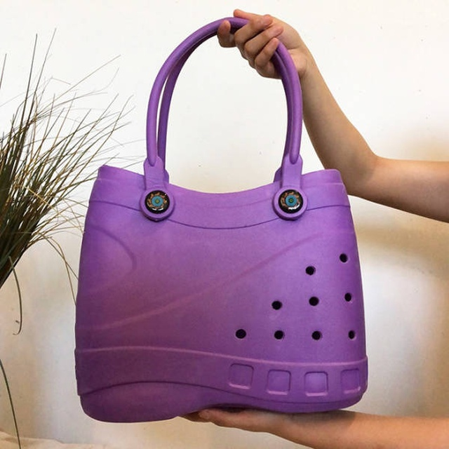 Handbags By Crocs (19 pics)
