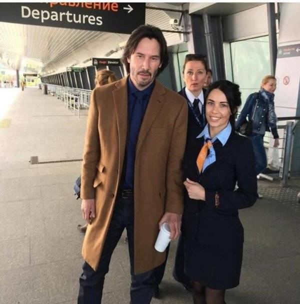 Keanu Reeves Is A Great Guy And A Great Actor (32 pics)