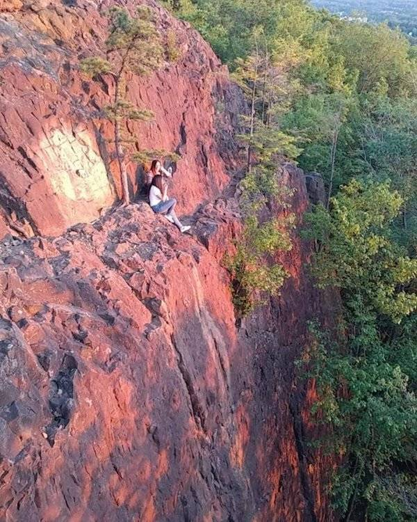 Are You Afraid Of Heights? (29 pics)