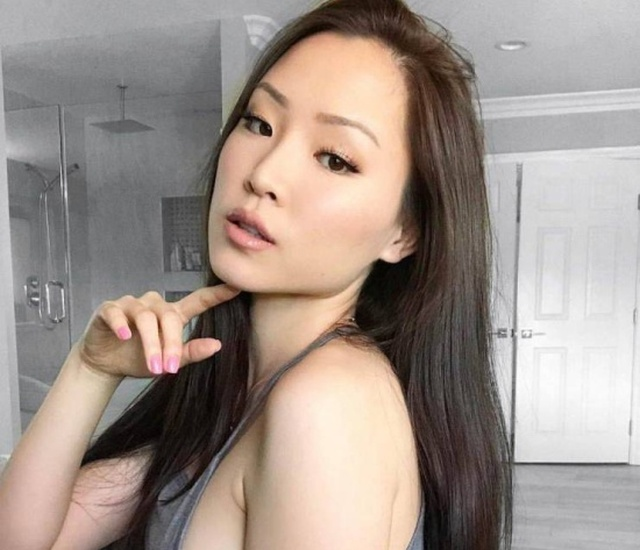 Beautiful Asian Girls (29 pics)