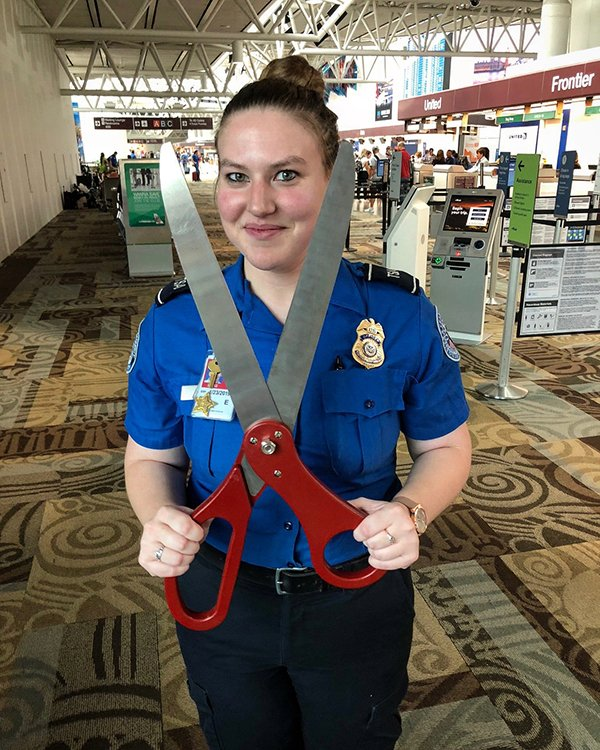 People Were Trying To Smuggle This Staff On Planes (39 pics)