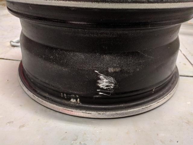 This Monster Broke The Wheel (3 pics)
