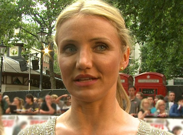 How Cameron Diaz Was Changing For The Movies (11 pics)