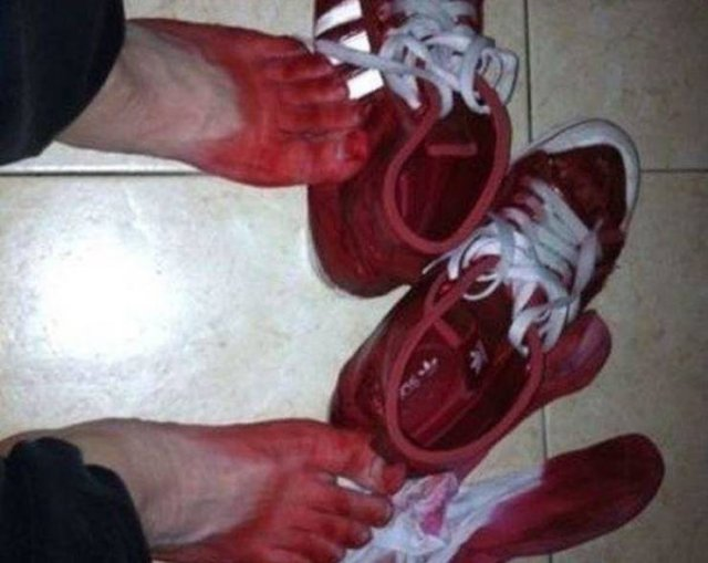 Chinese Sneakers (3 pics)