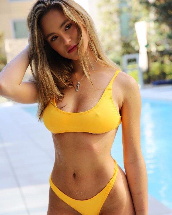 Beautiful Summer Girls (58 pics)