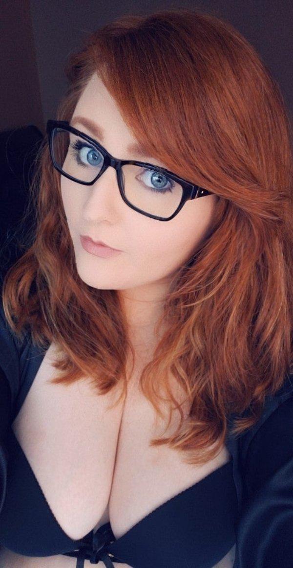 Very Cute Redheads (42 pics)
