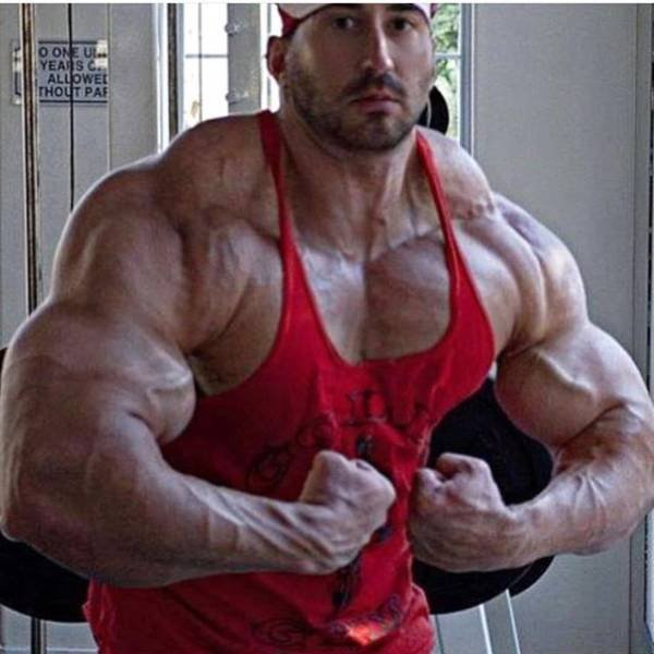 This Guy From Las Vegas Has Spent 10 Years Training 6 Times A Weak To Get A New Body (14 pics)