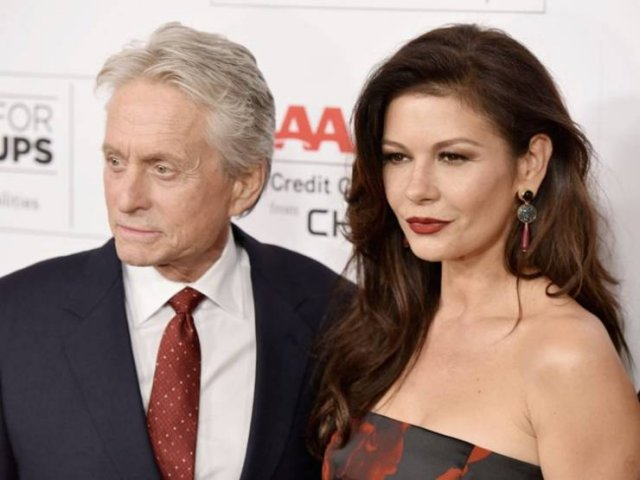 For These Celebrity Couples Age Gap Does Not Matter (50 pics)