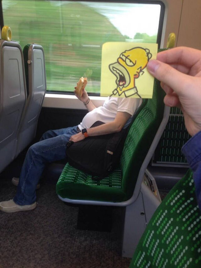 Fun On The Train (20 pics)