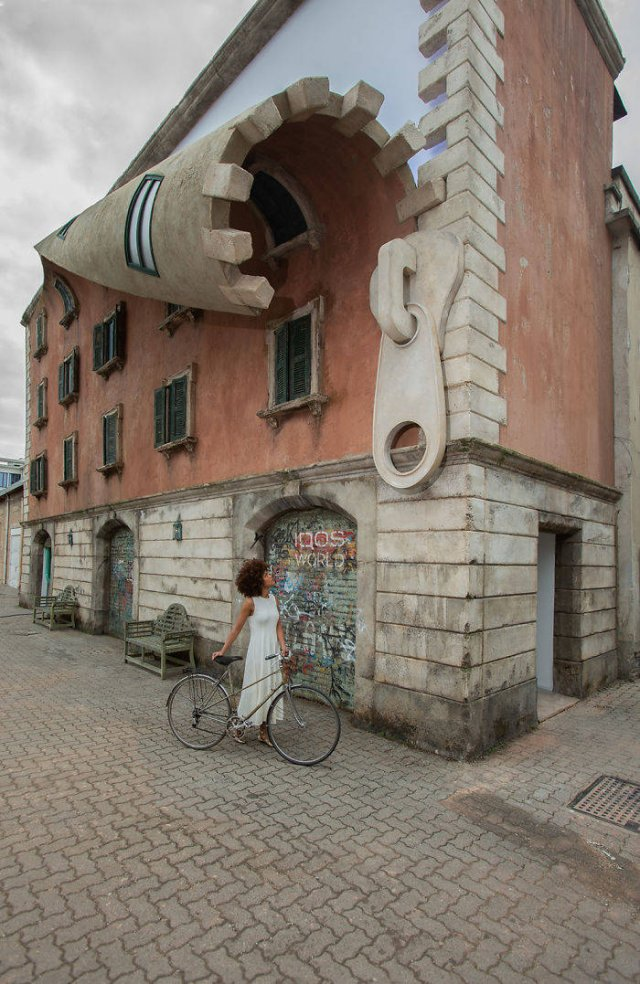 This Sculptor Makes Unbelievable Street Art (24 pics)