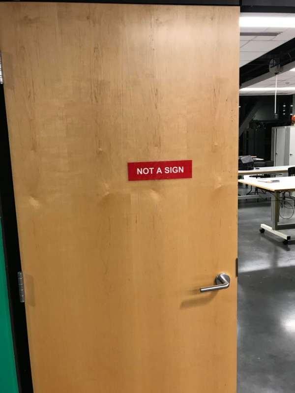 Ironic Signs (37 pics)