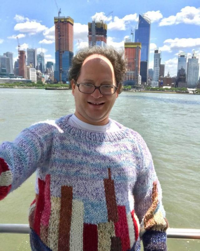 Guy Creates Sweater Copies Of Famous Places And Then Travels There (24 pics)