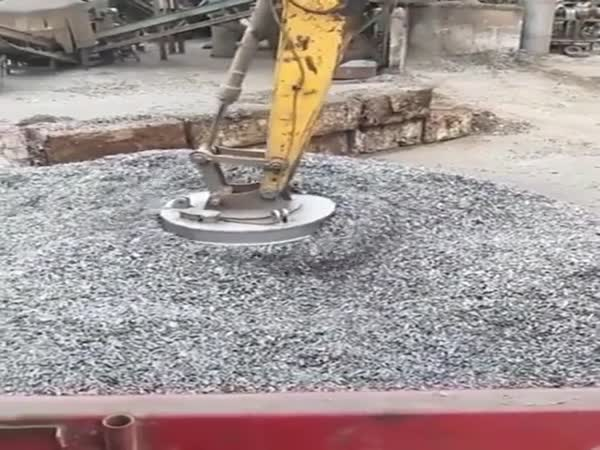 Giant Magnet Lifts Metal Elements