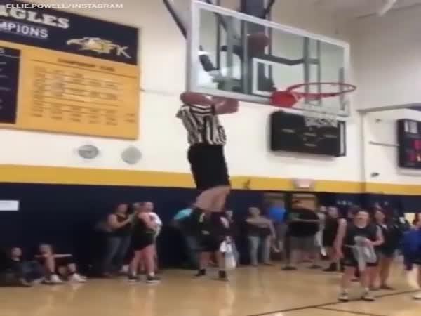 Ninja Warrior Referee Gets The Ball Down