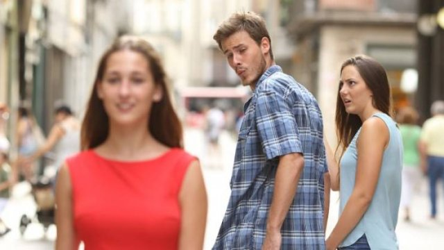 The Full Story Of Distracted Boyfriend Meme (4 pics)