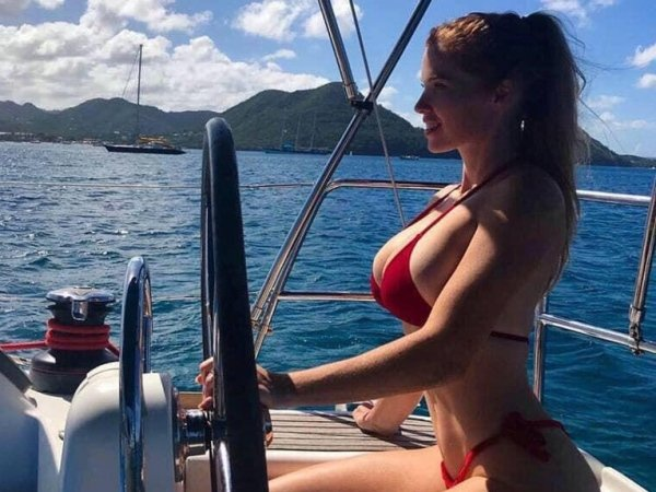 The Hottest Pictures You Will See This Week (29 pics)