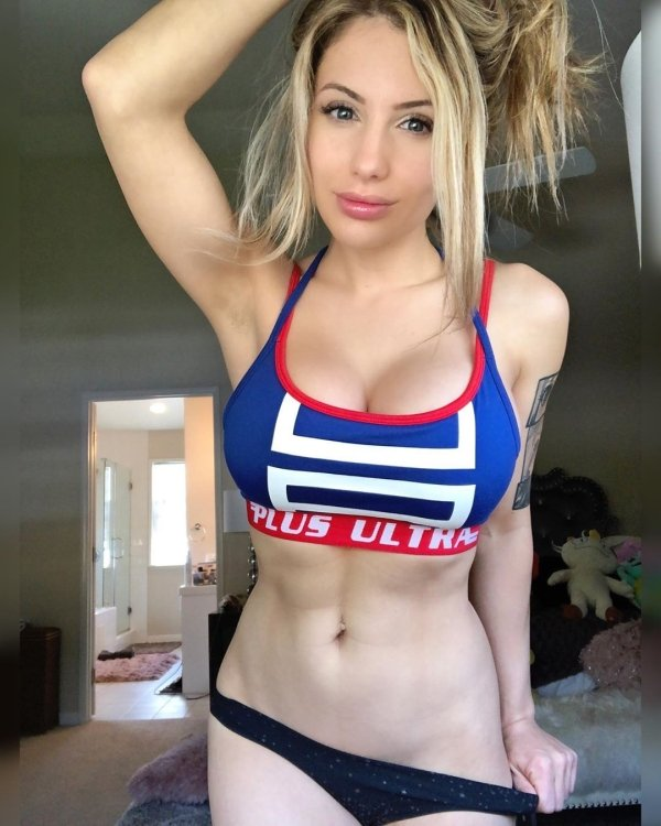 Liz Katz Is A Very Hot Cosplayer (40 pics)