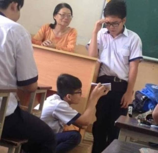 What Is Happening In These Schools? (21 pics)