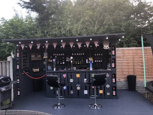 Bar From Pallets (15 pics)