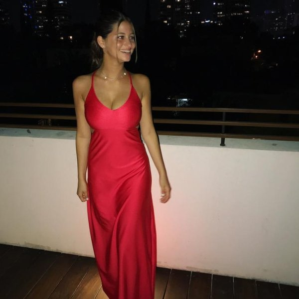 The Hottest Dresses Ever (48 pics)