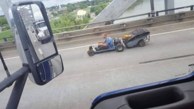 Happened On The Road (25 pics)