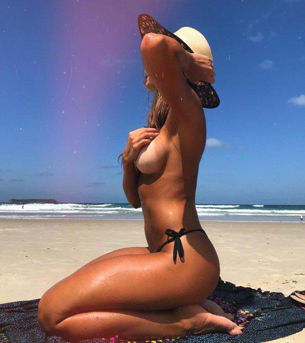 Summer Girls (45 pics)