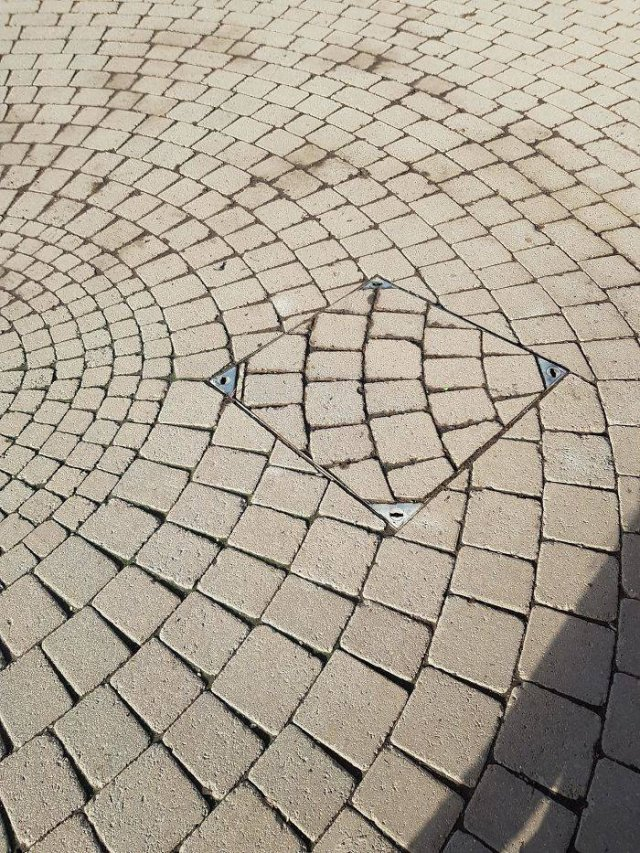 These Photos Can Make Your Eyes Bleed (50 pics)