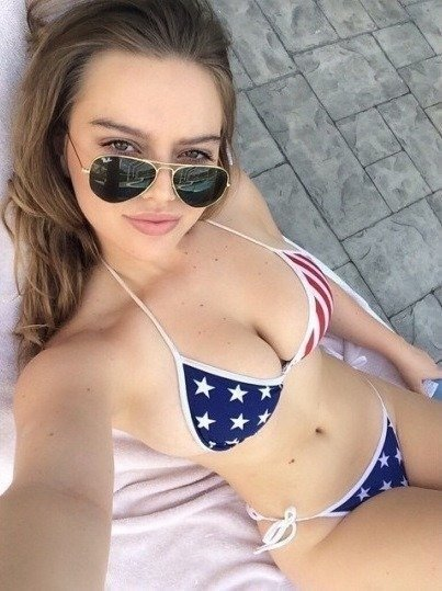 Random Hot Girls (78 pics)