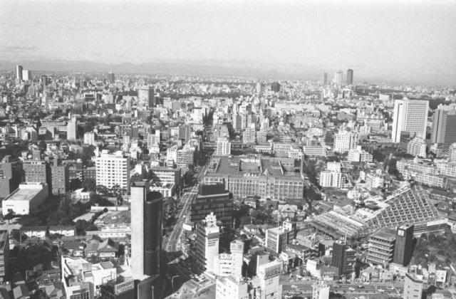 A városképeket akkor és most (26 kép)