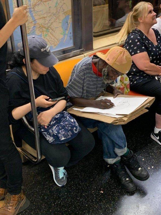 Good People Are Around Us (23 pics)