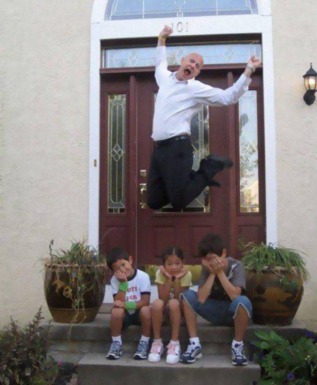 Parents Celebrate Back To School (21 pics)