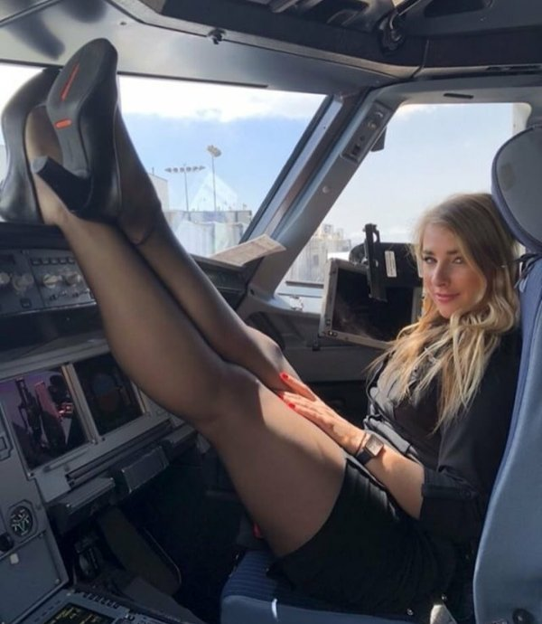 Welcome On Board (33 pics)