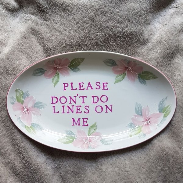 Very Ugly Plates (26 pics)