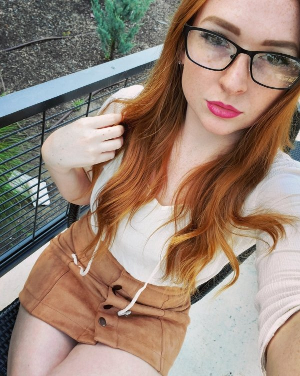 Beautiful Redheads (52 pics)