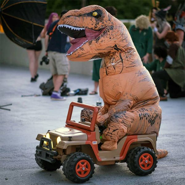 Inflatable T-Rex Costume (21 pics)