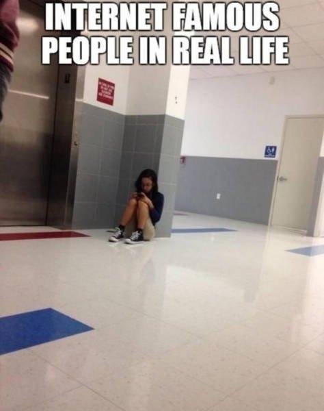 Online Vs Reality (27 pics)