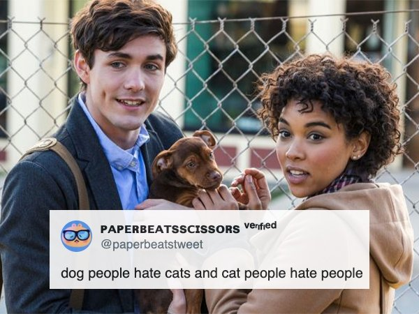 Dog People Vs Cat People (23 pics)