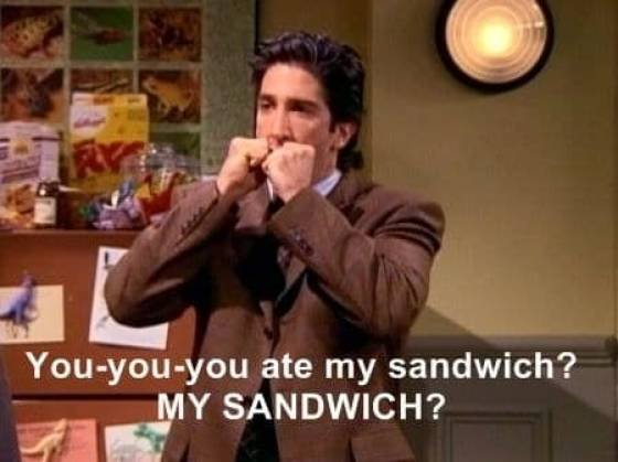 """This Post Will Prove That """"Friends"""" Is A Really Old Show (21 pics)"""