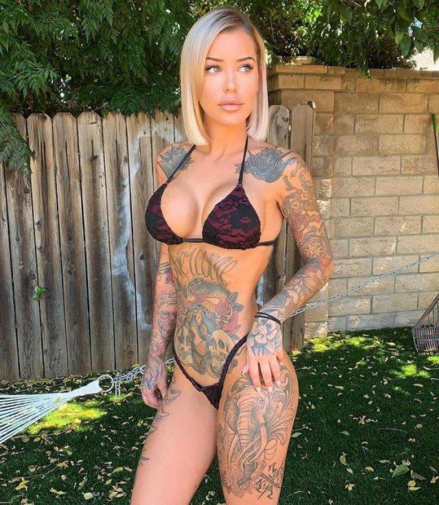 Tattooed Girls (54 pics)