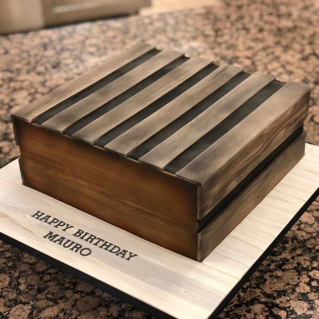 Hyper Realistic Cakes  (28 pics)