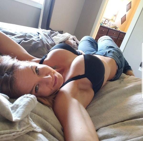 Random Hot Girls (59 pics)
