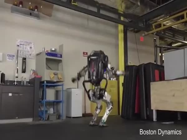 Boston Dynamics Robots Can Do Mind-Blowing Tricks