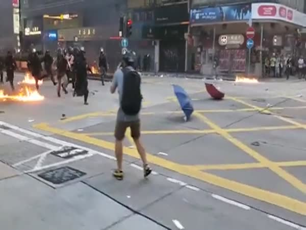 Hong Kong Today Is Like A Warzone