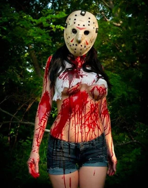 Scary Or Sexy Halloween Costumes? (31 pics)