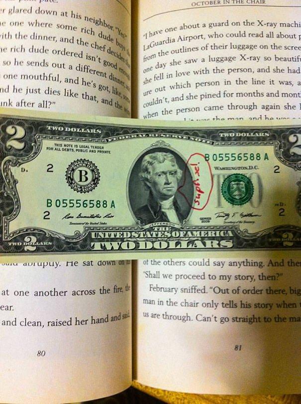 Surprises In Second-Hand Books (40 pics)