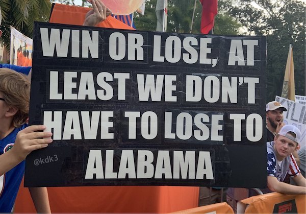 Funny Gameday Signs (32 pics)